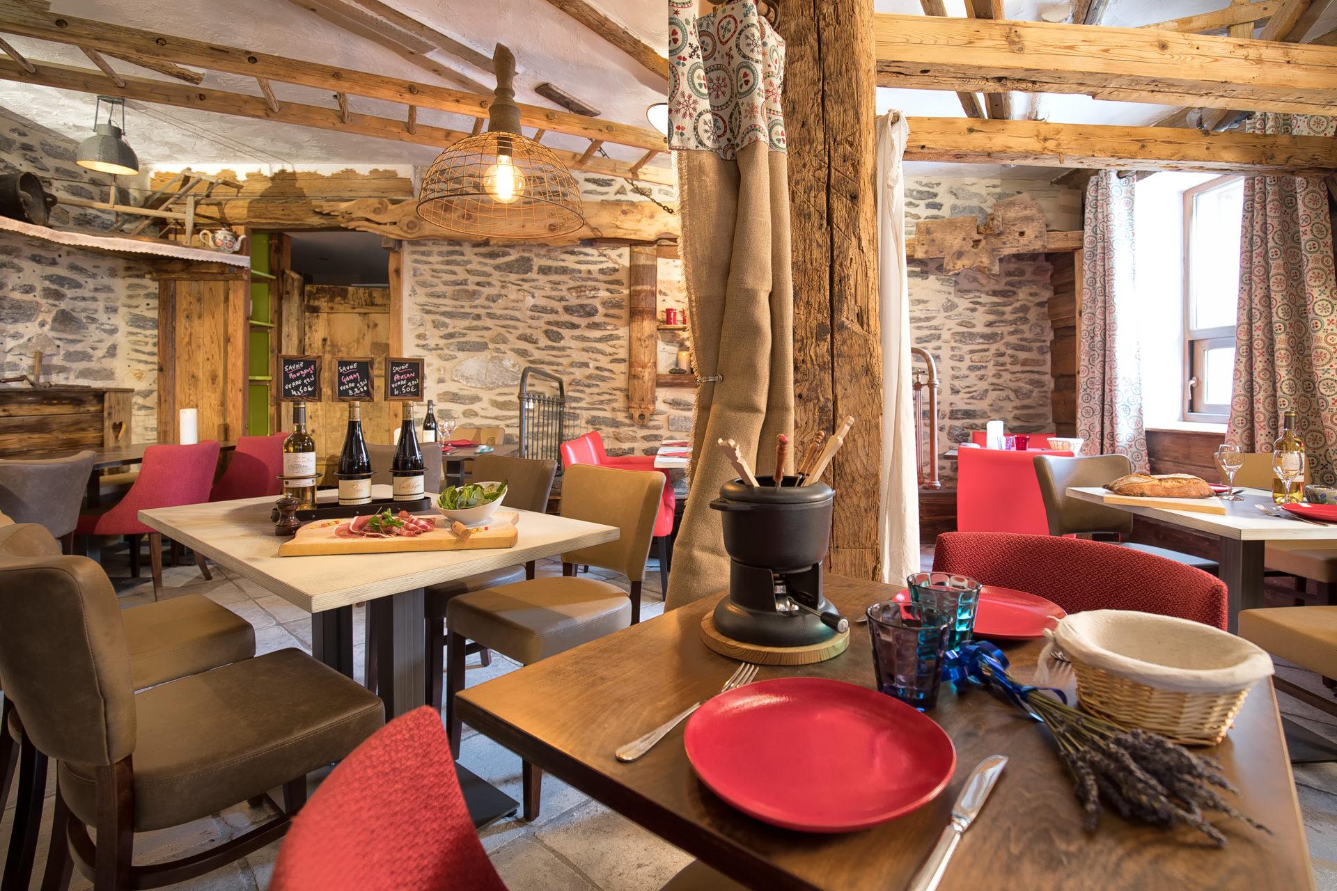 Restaurant l'Estanco Val Cenis Lanslevillard Maurienne Savoie