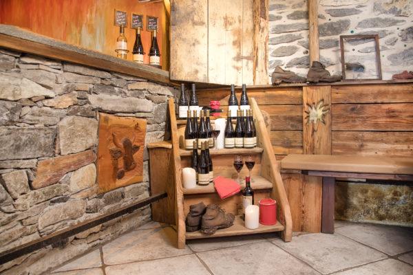 mets-vins bibliothèque des vins Restaurant l'Estanco Val Cenis Lanslevillard Haute Maurienne Savoie carte été